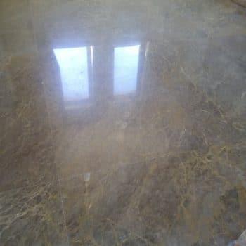 Преполиран и кристализиран мрамор