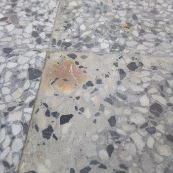 Ръжда по мозайка
